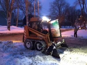 Уборка снега погрузчиком ПУМ 500