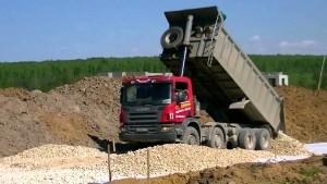 производительность самосвала Scania P380