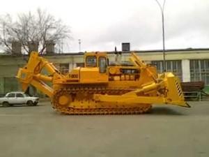 самая большая спецтехника - трактор Т 800