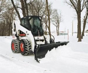 Bobcat S650 уборка снега