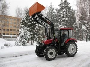 колесный трактор ЛМЗ-804