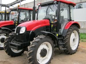 трактор ЛМЗ-804