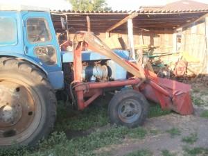 трактор Т-40 с ковшом