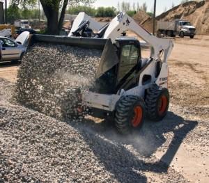 Bobcat S850 погрузка сыпучих материалов