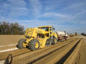 Машина для реконструкции дорожного покрытия — ресайклер