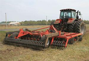 трактор мтз 3022 с навесным оборудованиям