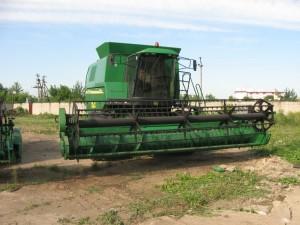 зерноуборочный комбайн  john deere 1550 cws