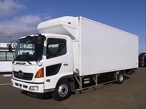 грузовик Hino Ranger с фургоном
