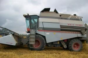 зерноуборочный комбайн рсм 101