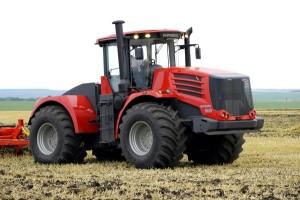 Трактор Кировец К-9450 для работы с прицепными устройствами