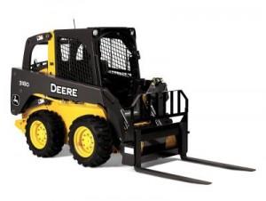 погрузчик dohn deere 318 d с вилочным оборудованием